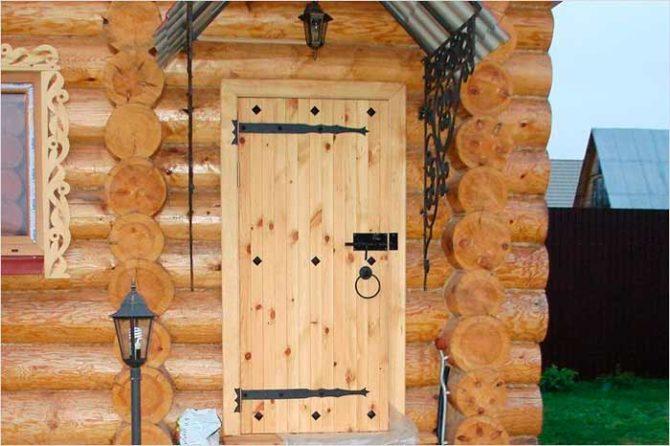 Установка двери в баню и парилку своими руками